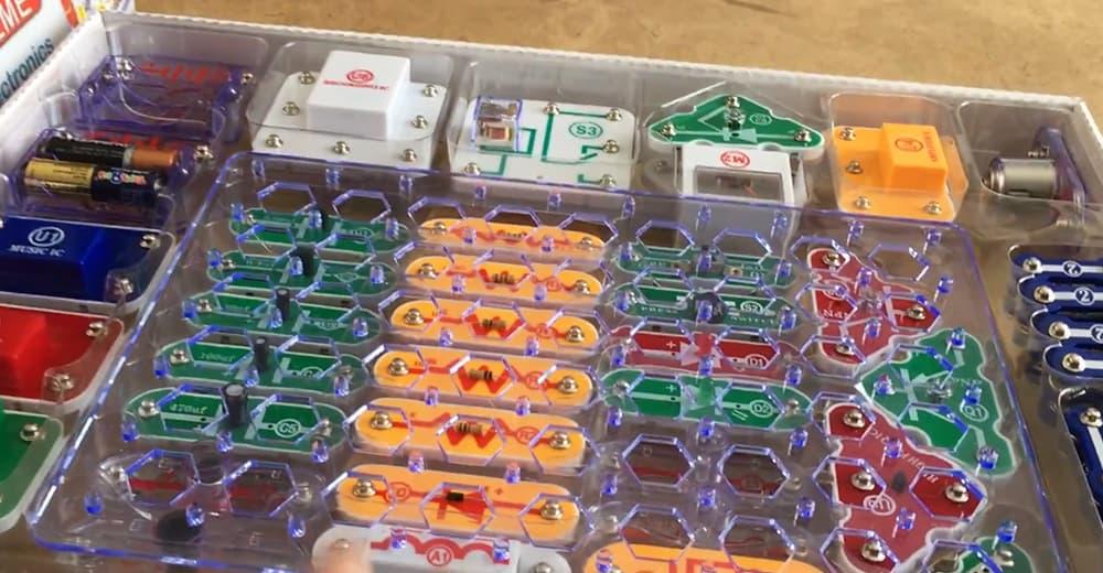 Snap Circuits Science Kits Review