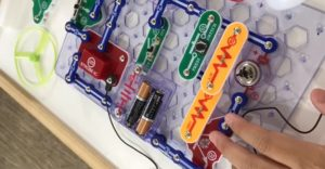 Popular Snap Circuits Extreme Kits Review